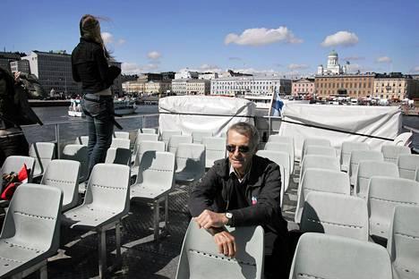 Tony Wheelerin mielestä Helsingissä näytti sellaiselta kuin hän oli arvellutkin. Juttu Lonely Planetin perustajasta julkaistiin Helsingin Sanomissa toukokuussa 2005.