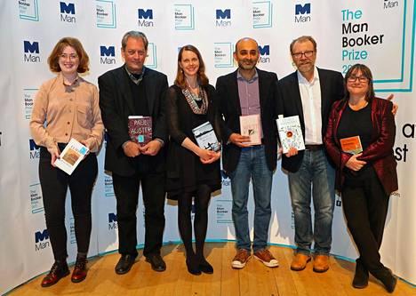 Booker-palkintoehdokkaina tänä vuonna ovat Fiona Mozley (vas.), Paul Auster, Emily Fridlund, Mohsin Hamid, George Saunders ja Ali Smith.