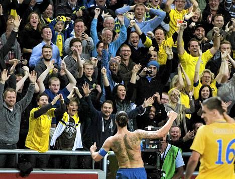 Zlatanin sai eilen Ruotsin uuden kansallisstadionin yleisön villiintymään.