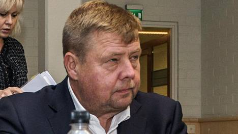 Talvivaaraa johtanut Pekka Perä on ollut syytettynä useissa oikeudenkäynneissä. Kuva on otettu ympäristörikoksia koskeneessa Rovaniemen hovioikeuden istunnossa lokakuussa 2017.