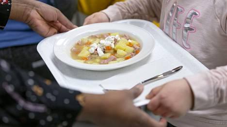 Tutkimuksen mukaan suomalaislasten ruokavaliossa on liikaa punaista lihaa.
