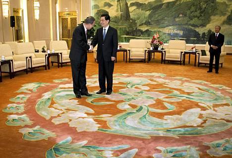 YK:n pääsihteeri Ban Ki-moon (vas.) tapasi tänään Kiinan presidentin Hu Jintaon.