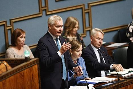 Pääministeri Antti Rinne vastasi opposition arvosteluun hallituksen budjetista eduskunnassa torstaina.