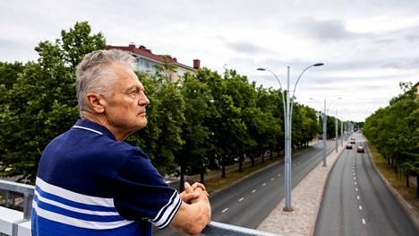 Todellinen pulma ovat riskikuljettajat, joiden saamisessa kuriin eivät peltipoliisit auta, pohtii Timo Tervo, liikennelääketieteen emeritusprofessori.