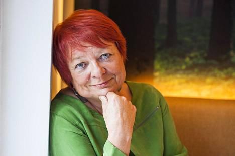 Tarja Cronberg edustaa Rauhanliiton puheenjohtajana Icanin Suomen-verkostoa.