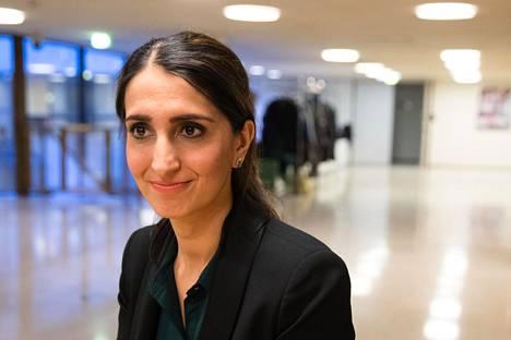 Apulaispormestari Nasima Razmyarin (sd) johtama lautakunta päätti liikuntajaoston aiemman ratkaisun vastaisesti, että HSK:lta peritään takaisin kokonaan vuoden 2018 avustukset. Kuva maaliskuulta 2019.
