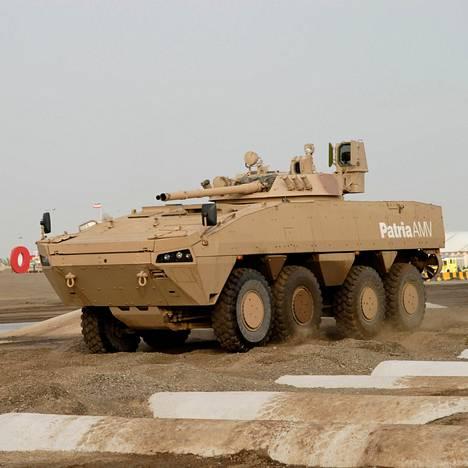 Patria esitteli AMV-ajoneuvoa asemessuilla Arabiemiraattien Abu Dhabissa 2007. Seuraavana vuonna Patria toimitti ajoneuvoja Arabiemiraateille.