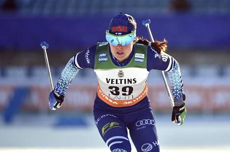 Krista Pärmäkoski hiihti kolmanneksi Lahdessa lauantaina.