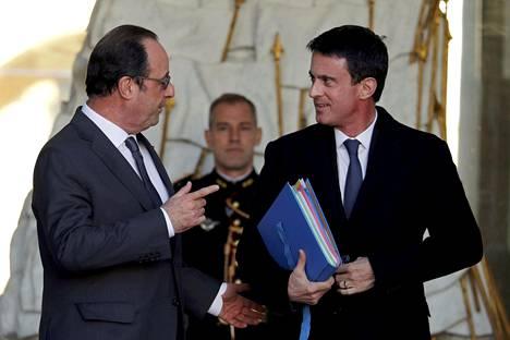Ranskan presidentti François Hollande (vas.) ilmoitti, että hän ei hae toista kautta presidenttinä. Sosialistien ehdokas voisi olla pääministeri Manuel Valls (oik.), mutta hän ei herätä luottamusta puolueen vasemmassa laidassa.