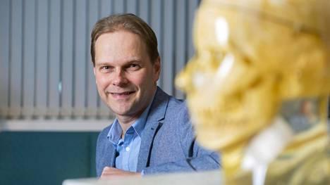 Lauri Nummenmaa on yksi kansainvälisesti tunnetuimpia tunteiden tutkijoita.