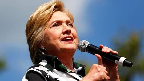 Sähköpostijupakka on varjostanut Hillary Clintonin vaalikampanjaa.