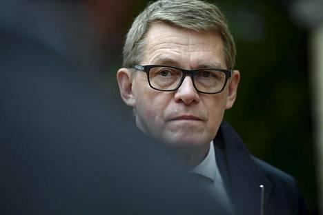 Valtiovarainministeri Matti Vanhanen (kesk) sanoi Keskuskauppakamarin Suuressa veropäivässä torstaina, että Suomen poliittinen keskustelukulttuuri ei edistä kompromisseja.