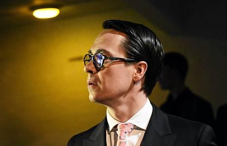 Puolustusministeri Carl Haglund (r.) osallistui tiistaina Suomen Pankkiyhdistyksen satavuotispäivän EU-vaalitenttiin.