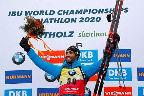 Martin Fourcade juhli MM-kultaa keskiviikkona.