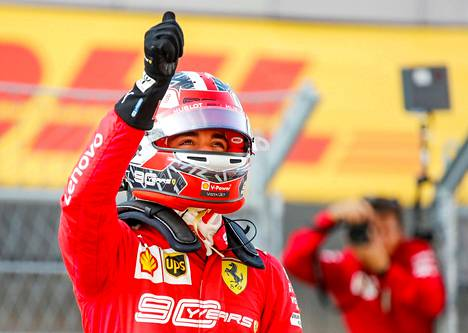 Charles Leclerc juhli jälleen paalupaikkaa F1:ssä.