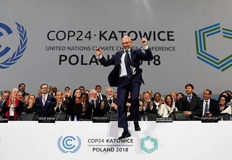 Neuvotteluita johtanut Puolan Michał Kurtyka iloitsi Katowicen ilmastokokouksessa myöhään lauantaina.