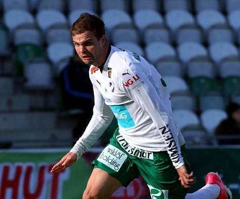 Aleksei Kangaskolkka on tehnyt tällä Veikkausliigakaudella viisi maalia kuudessa pelaamassaan ottelussa. Kuva Inter–IFK Mariehamn-ottelusta 21. huhtikuuta.