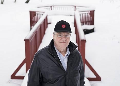 Viimeiset kuusi vuotta Matti Pöhö on ollut eläkkeellä. Kiireettömäksi arki ei ole muuttunut eläkkeelläkään, sillä erilaisten luottamustehtävien lisäksi hänellä ja vaimo Irmelillä on autettavanaan pitkä liuta iäkkäitä sukulaisia ja tuttavia.