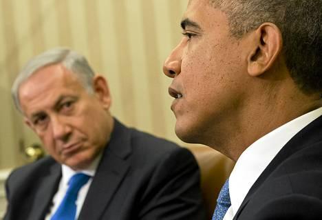 Yhdysvaltain presidentti Barack Obama (oik.) ja Israelin pääministeri Benjamin Netanjahu keskustelivat maanantaina Valkoisessa talossa.