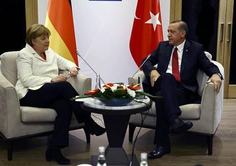 Saksan liittokansleri Angela Merkel ja Turkin presidentti Recep Tayyip Erdoğan tapasivat viime viikon maanantaina G20-kokouksessa Turkissa.