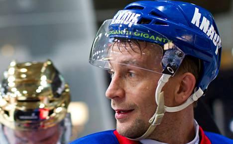 Antti-Jussi Niemi pelasi Jokereissa 11 kautta.