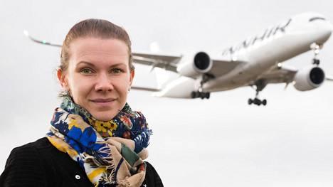 """""""Matkustaminen kasvattaa taitoa heittäytyä oman mukavuusalueen ulkopuolelle"""", Jenna Lehtonen sanoo."""