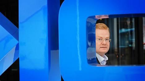 Vuosi sitten Nokian matkapuhelinverkkojen johtajana aloittanut Tommi Uitto on suoraviivaistanut ja tehostanut yhtiölle elintärkeän 5g-tekniikan kehittämistä.