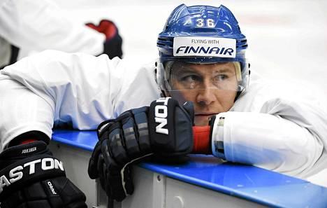 Jussi Jokinen kipparoi Leijonia Prahan ja Ostravan MM-kisoissa.