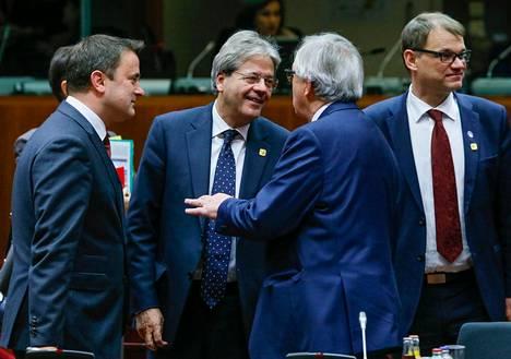 Brysselin EU-huippukokoukseen osallistuvat muun muassa Luxemburgin pääministeri Xavier Bettel (vas.), Italian pääministeri Paolo Gentiloni, Euroopan komission presidentti Jean Claude Juncker ja Suomen pääministeri Juha Sipilä.