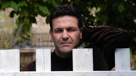 Khaled Hossein on kirjoittanut aiemmin kolme Afganistaniin sijoittuvaa romaania.