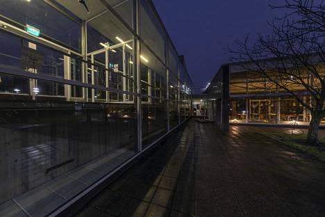 Turussa olevien kansainvälisten opiskelijoiden keskuudessa on todettu kymmeniä koronavirustartuntoja. Kuvassa Turun yliopiston rakennuksia.