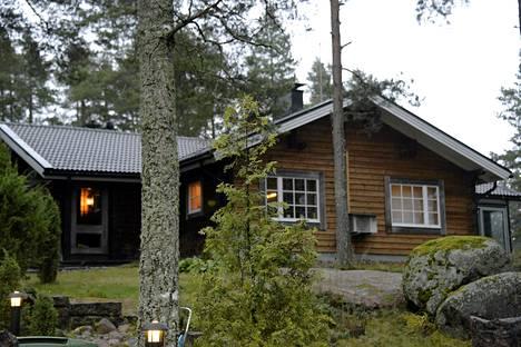 Kotkalainen 60-vuotias asianajaja surmattiin viime torstaina kotonaan.
