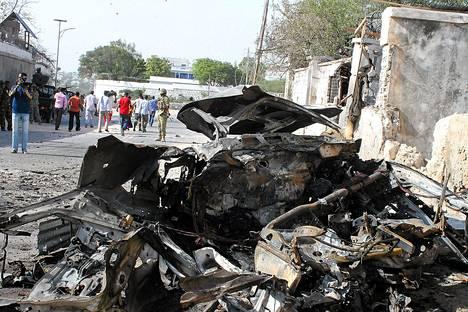 Mogadishussa räjähti perjantaina autopommi.
