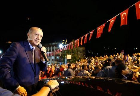 Turkin presidentin Recep Tayyip Erdoğanin arvioidaan haluavan pankeilta halpaa luottoa kasvun kiihdyttämiseksi, mutta sijoittajat pelkäävät maan talouden ylikuumenevan.