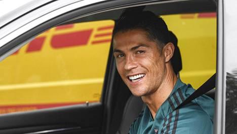 Cristiano Ronaldo kuvattiin 19. toukokuuta 2020, jolloin kampaus oli vielä nutturatyylinen.