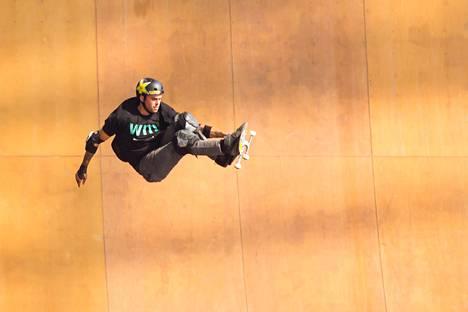Elliot Sloan X Gamesin big air -kilpailun finaalissa Minneapolisissa.