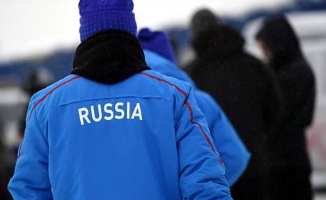 Venäjän maastohiihtomaajoukkueen jäsen Jevgeni Belov osallistui marraskuussa Rukalla hiihdon maailmancupin kilpailuun.