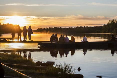 Elokuvakansa vaelsi viime kesänäkin Sodankylän Kitisen rantaan nauttimaan hiljaisuudesta ja luonnosta. Tänä vuonna elokuvia ei nähdä paikan päällä.