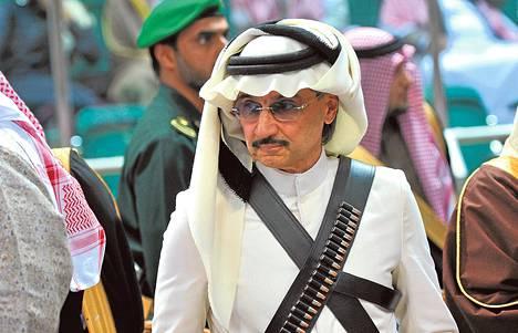 Hyväntekeväisyydestä tunnettu prinssi Alwaleed bin Talal osallistui Janadriya-festivaalille Riadissa helmikuussa 2014.