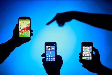 Puhelinmerkin vaihtaminen ei ole aina helppoa, koska Android, iOS ja Windows tallentavat puhelinnumerot kukin eri verkkopalveluun.