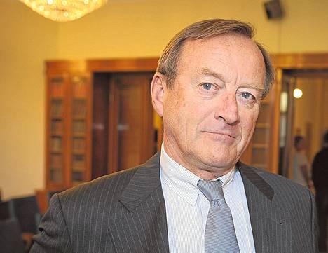 Espoolainen Robin Langenskiöld, 66, ei maksanut lainkaan kunnallisveroa 2011, sillä hänen 11 miljoonan euron tulonsa olivat kokonaan pääomatuloa. Hän on pörssiyhtiö Sanoman pääomistajia.<BR/><BR/>