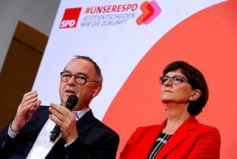 Saksan sosiaalidemokraatit valitsevat perjantaina alkavassa puoluekokouksessaan puolueen uudeksi johtajakaksikoksi Norbert Walter-Borjansin ja Saskia Eskenin.