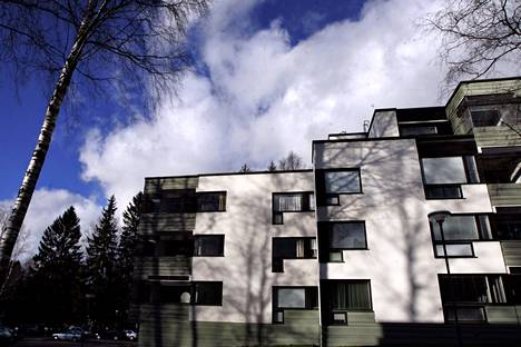 Suvikummun asuinalue Tapiolassa vuonna 2008.