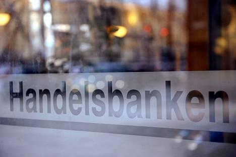 Handelsbanken aloittaa yt-neuvottelut seitsemässä konttorissa.