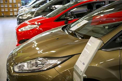 Eniten Kuluttaja-lehden mustalta listalta löytyy autoalan liikkeitä, 21 kappaletta.