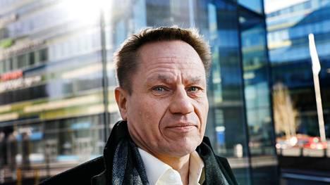 Huawein kyberturvallisuusjohtaja Mika Lauhde ehdottaa Kauppalehden haastattelussa Suomeen seitsemän päivän työviikkoja.