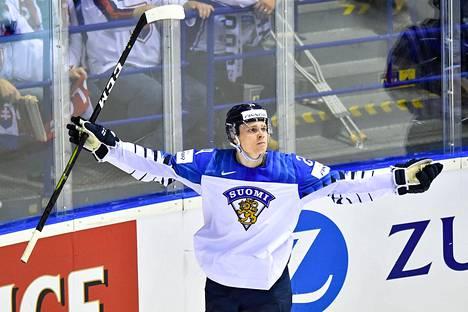 NHL ottaa jo kaiken irti Kaapo Kakon taituroinnista.