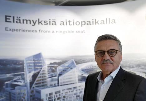 Kansainvälisen jääkiekkoliiton puheenjohtaja René Fasel Tampereella maaliskuussa 2019.