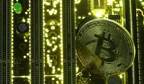 Yhden bitcoinin arvo ylitti jo 8 000 dollaria.