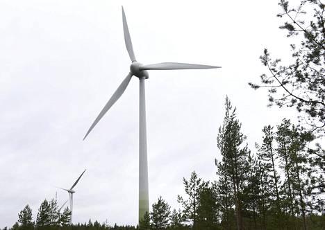 EU-parlamentin linjauksen mukaan EU-maiden energiankulutuksesta 35 prosenttia pitäisi kattaa uusiutuvalla energialla vuoteen 2030 mennessä.